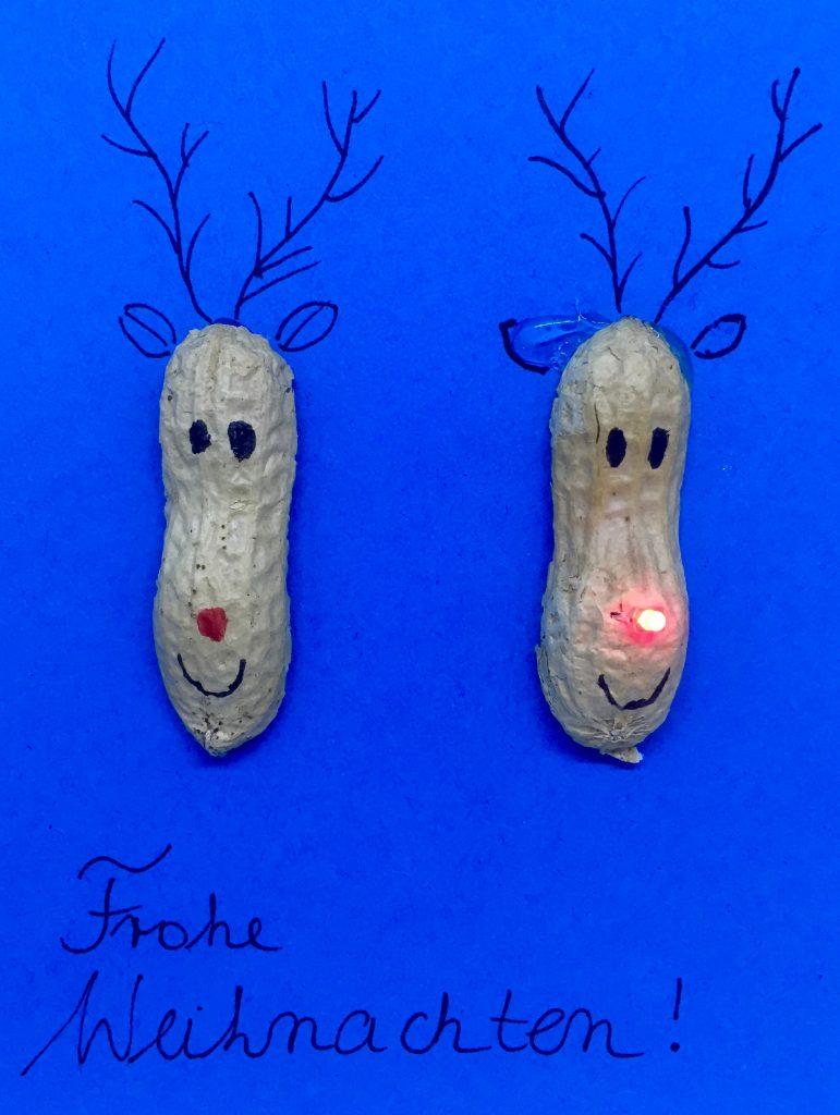 http://blog.forschenfuerkinder.de/2017/12/15/leuchtende-weihnachtskarten/ Weihnachtskarte_Rentier_leuchtende rote Nase