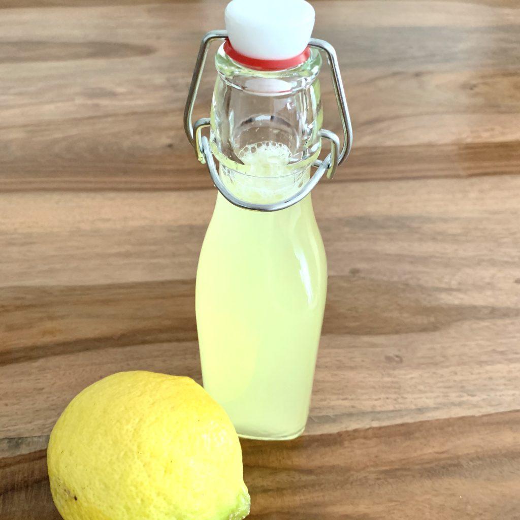 Forschen für Kinder Zitronensirup.