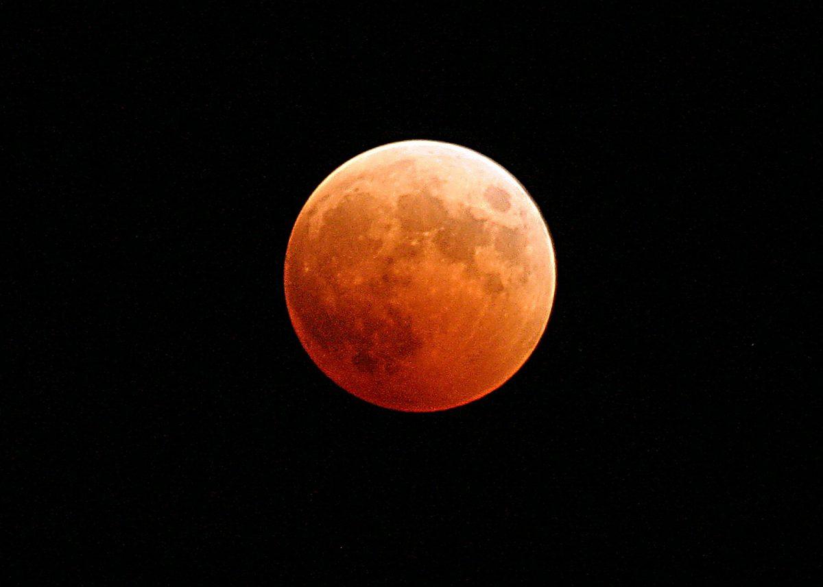 Mondzauber am Himmel