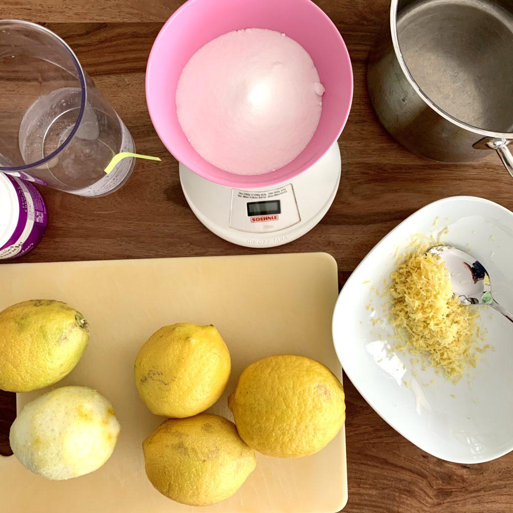 Zutaten für Zitronensirup